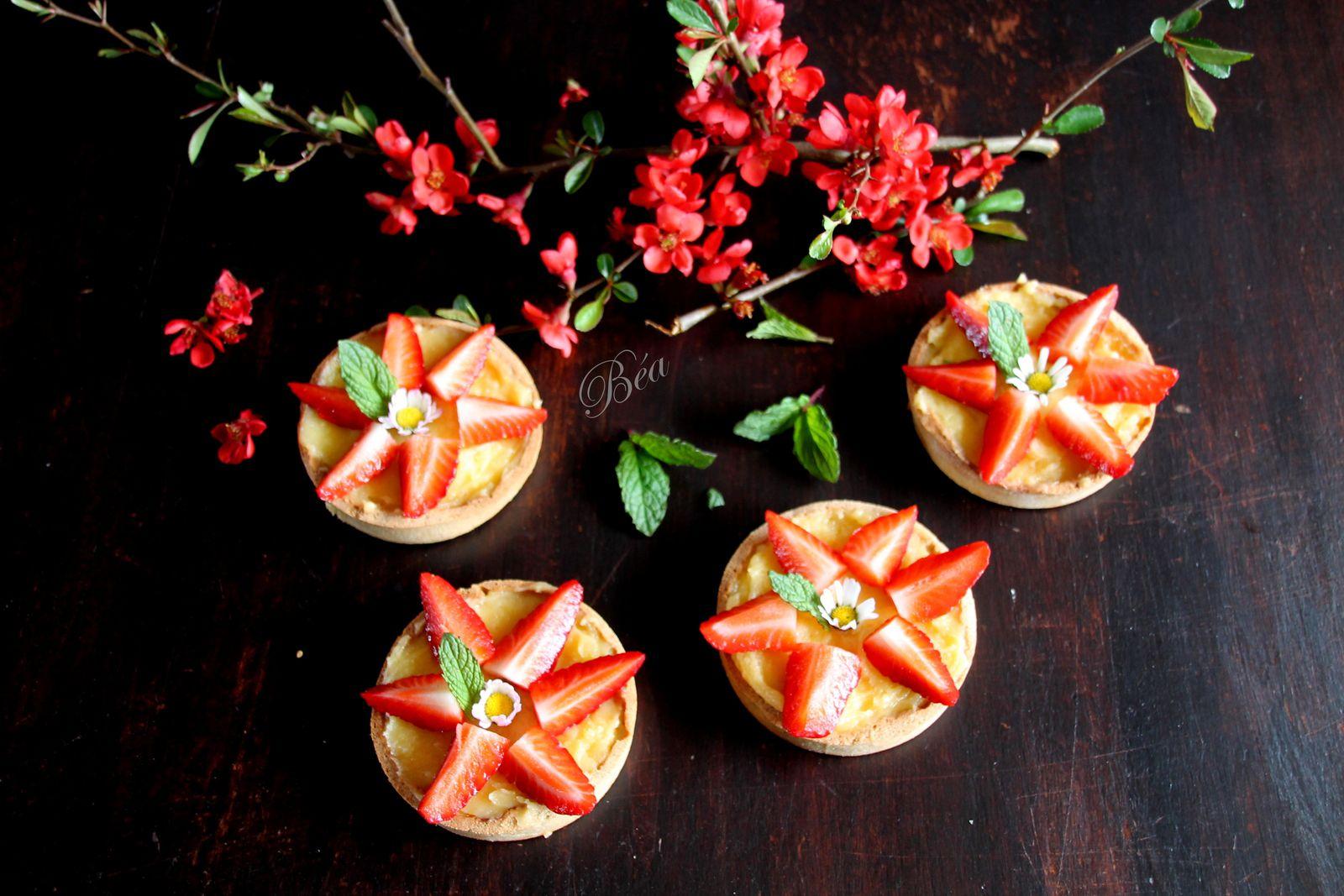 Tartelettes au citron et aux fraises