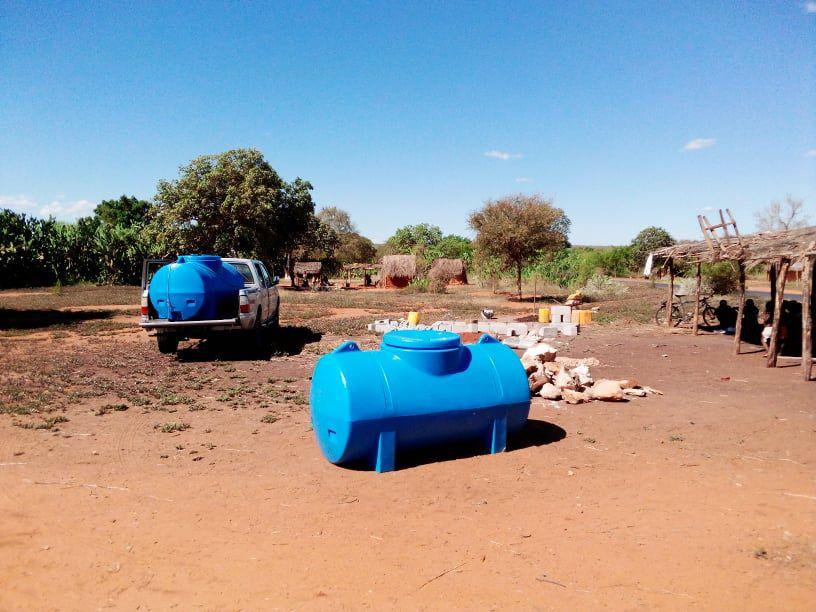 L'association Soleil Marmailles a fait don de deux citernes d'eau pour les villageois dans la région Sud-Ouest de Madagascar