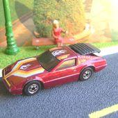 SPEED CRASHER (NISSAN 200SX) CRACK-UPS HOT WHEELS 1/64 - car-collector.net