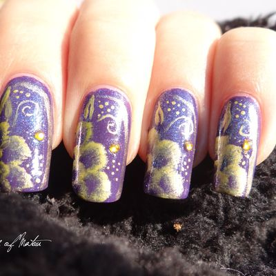 [Nail-art] Fleurs d'or