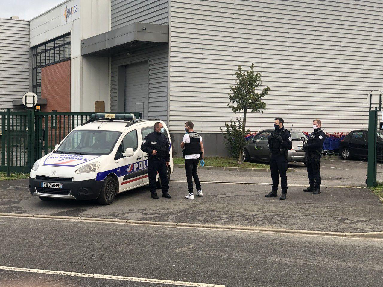 """Val-d'Oise : deux policiers blessés par balle à Herblay """"octobre 2020"""" - """"www.psycho-criminologie.com"""""""