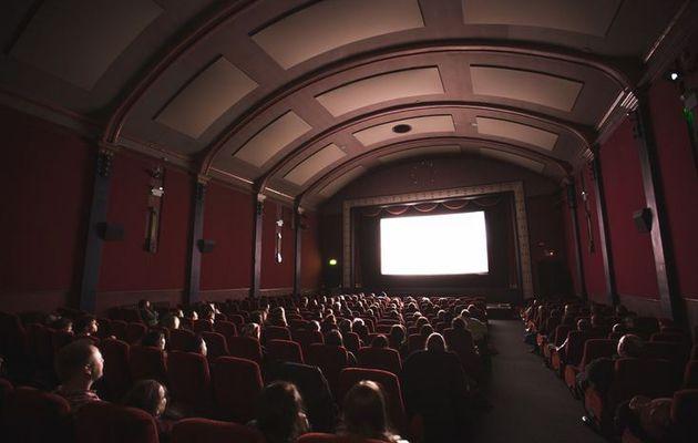 La Nouvelle-Zélande autorise les foules à retourner dans les cinémas, mais pas dans les églises !