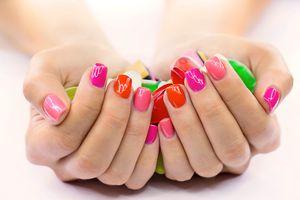 Quel vernis pour des ongles courts ? #Beauté
