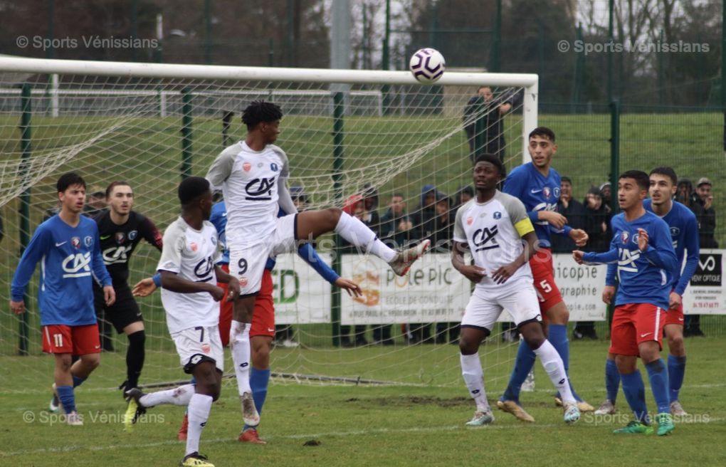 Les U18 de Vénissieux FC Sortent par la grande porte en 16e de finale de la Coupe Gambardella