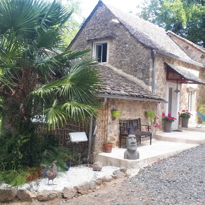 Robin Hood's New Holiday Home ! a great place for your holidays in France !