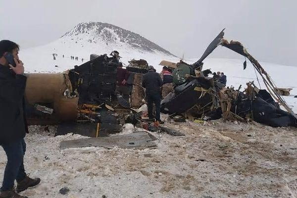 Tombé du ciel : Un des concepteurs des drones  BAYRAKTAR™ est tué dans un accident d'hélicoptère .