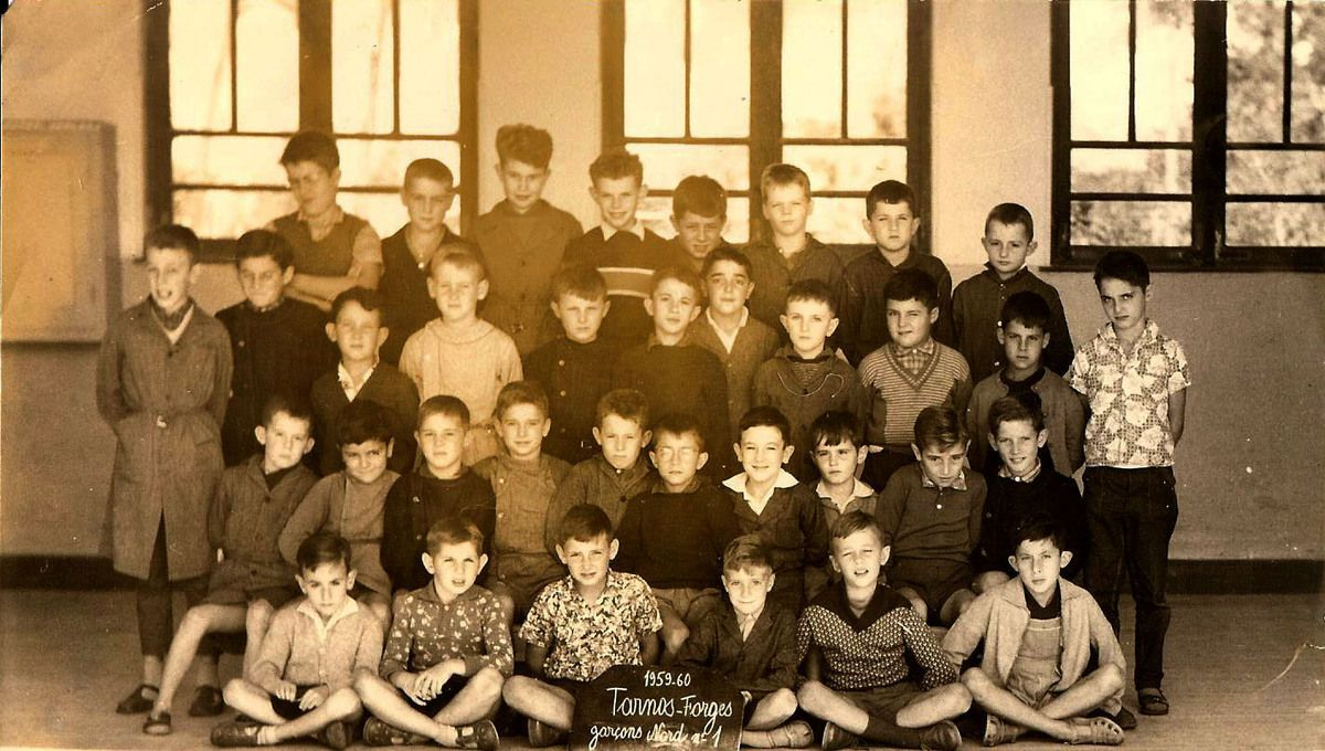 Ecole TARNOS-Forges Nord 1. Classe de garçons années 1959/1960. Complément ...