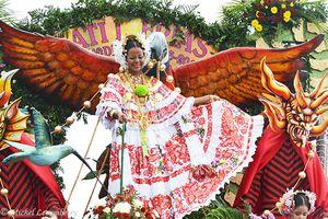 Mille et une photos du Panama - Les polleras du Festival de la Mejorana