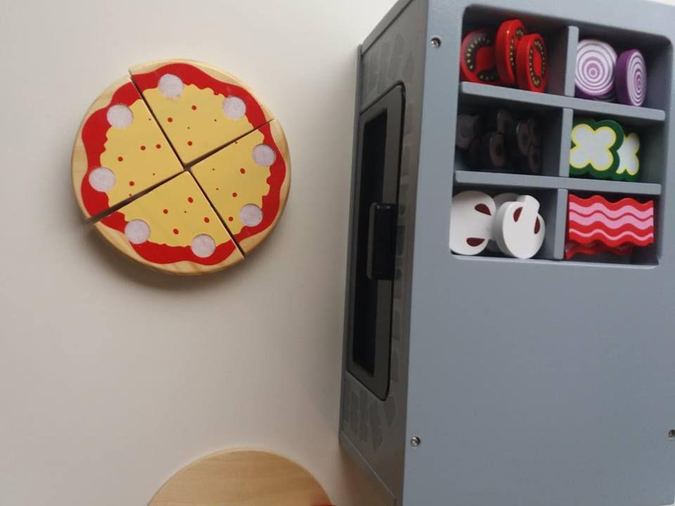 Notre four à pizza en bois de chez Eveil & Coton !