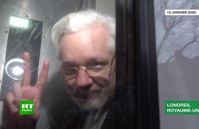 Julian Assange  : Remonter de la Dark Place à la lumière