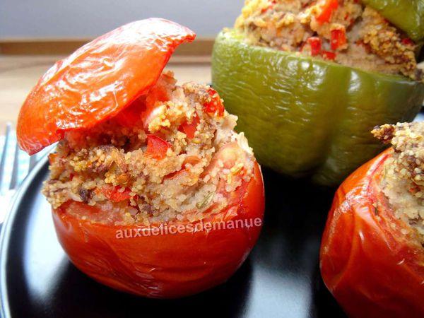 Poivron et tomates farcis au bœuf, semoule et poivron rouge -LIGHT-