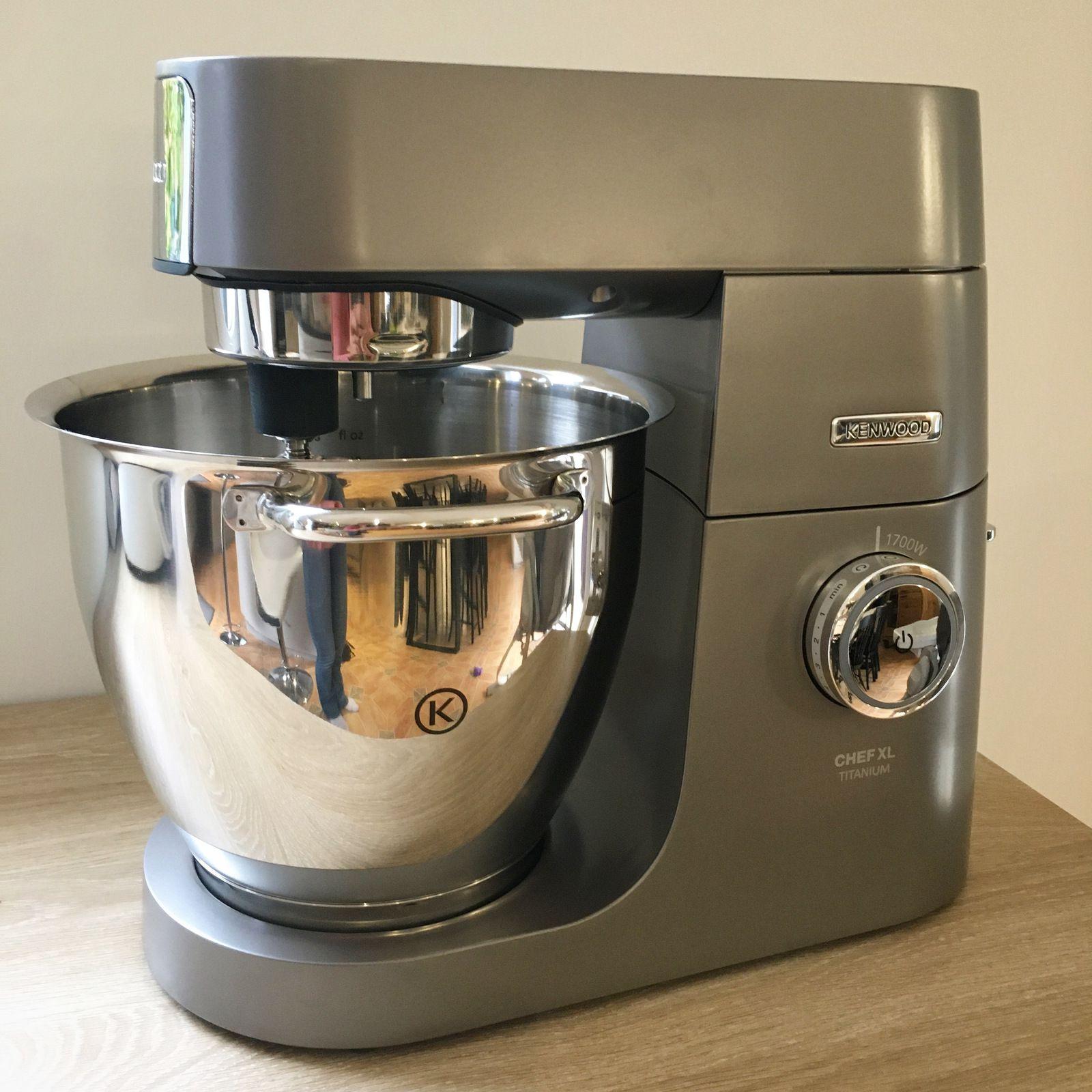 * Robot pâtissier Kenwood Chef XL *