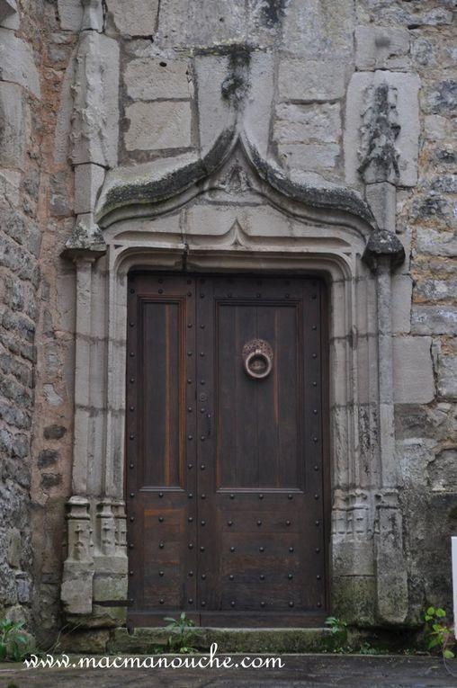 Diaporama de 2 belles portes vues au cours de la visite.