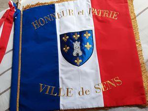 Drapeaux citoyens de la Mémoire de Sens (89)