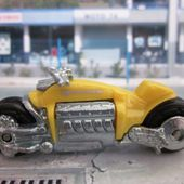 DODGE TOMAHAWK MOTO HOT WHEELS 1/64 - car-collector.net