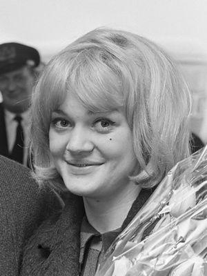 Les Amours d'une blonde de Miloš Forman avec Hana Brejchová - Vladimír Pucholt