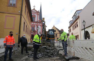Es gibt keine Winterpause: die Kirchstraße im Veitshöchheimer Altort bleibt bis Ende des Jahres 2021 gesperrt