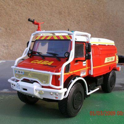 Le camion-citerne pour feux de forêt super ELITT sur Unimog 5023 des SP de la Gironde.