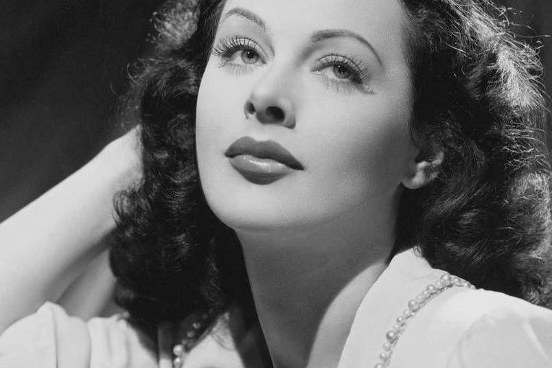Hedy Lamarr, la plus femme du monde des années 40.