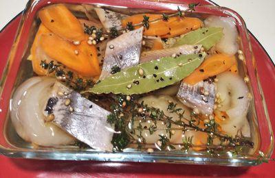 Harengs fumés marinés à l'huile façon brasserie.