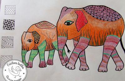 Un t-shirt avec des éléphants dessus