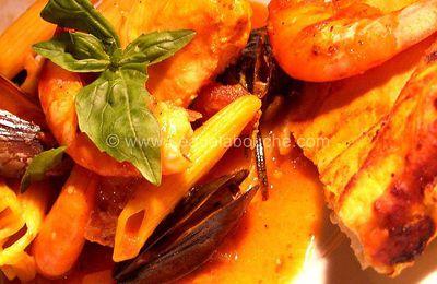 Penne au Saumon Moules et Crevettes au Four Sous sa Croûte de Pain