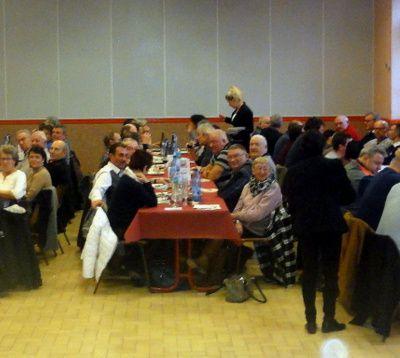 64 convives au banquet de chasse de Blacé