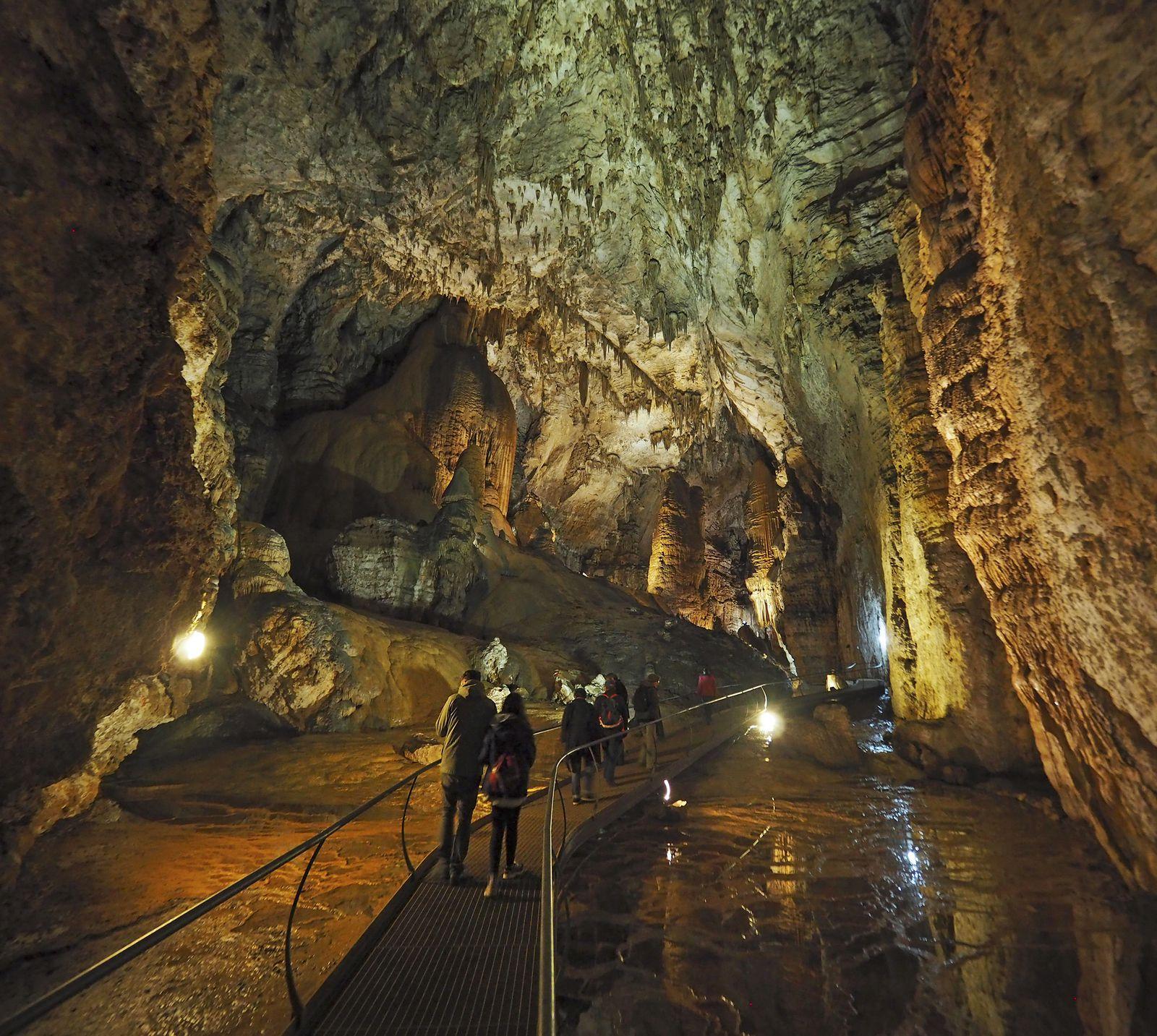 Ulassai : une des plus belles grottes visitables que j'aie jamais vues.
