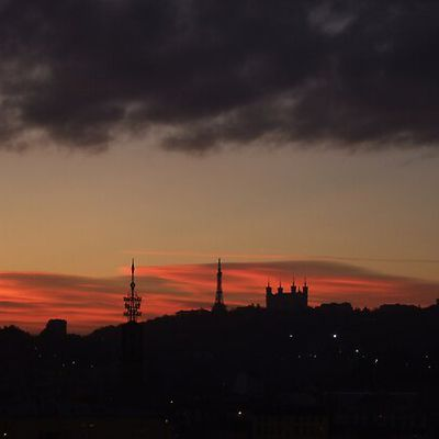 Lever de soleil sur Lyon
