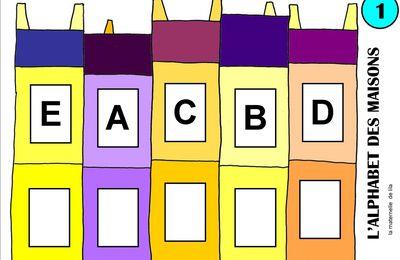 un nouveau jeu : l'alphabet des maisons pour associer capitales et scriptes ou pour associer scriptes et cursives