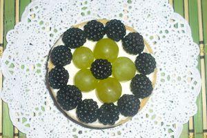 Tartelettes aux raisins et mûres