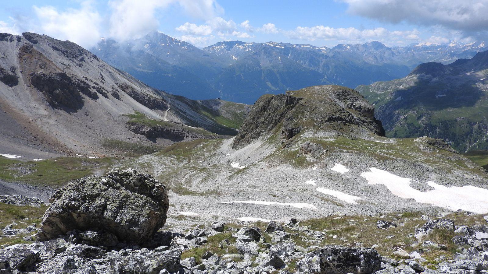 Du lac vue sur le Grand Châtelard..