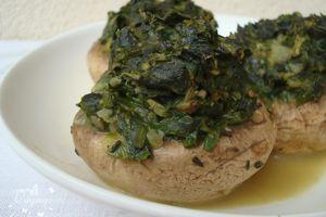 Champignons farcis au vert de blettes et curry indien - 2 pp