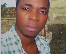 Douze questions à Ardhy Massamba, artiste congolais