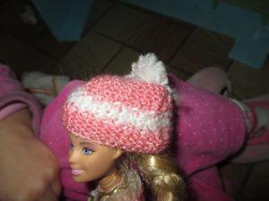 de nouveaux vêtements pour Barbie