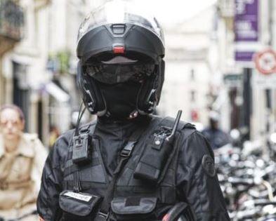 #France : Flouter les policiers ? Pourquoi faire ?
