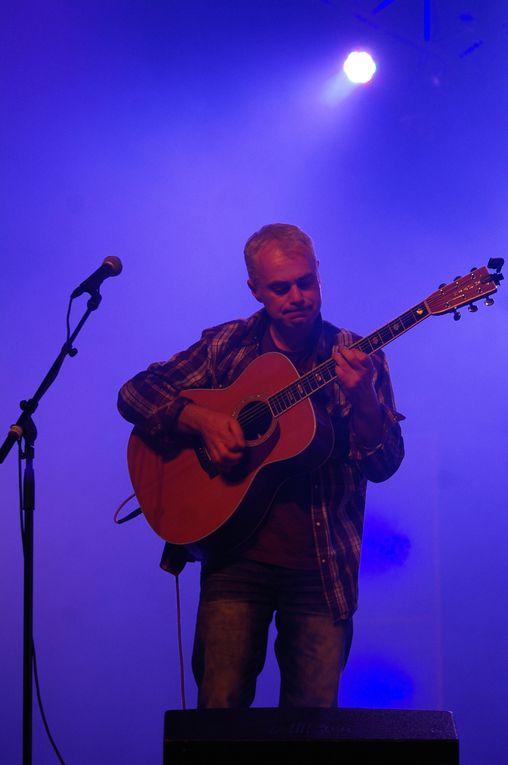 Samedi 19 novembre, se déroulait le festival Yaouank 2011, au MusikHall de Rennes, avec 6000 danseurs qui se sont déplacés pour danser au son de la musique bretonne.