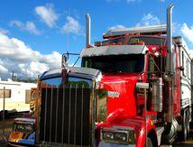 Qui dit Cirque, dit caravane et camion