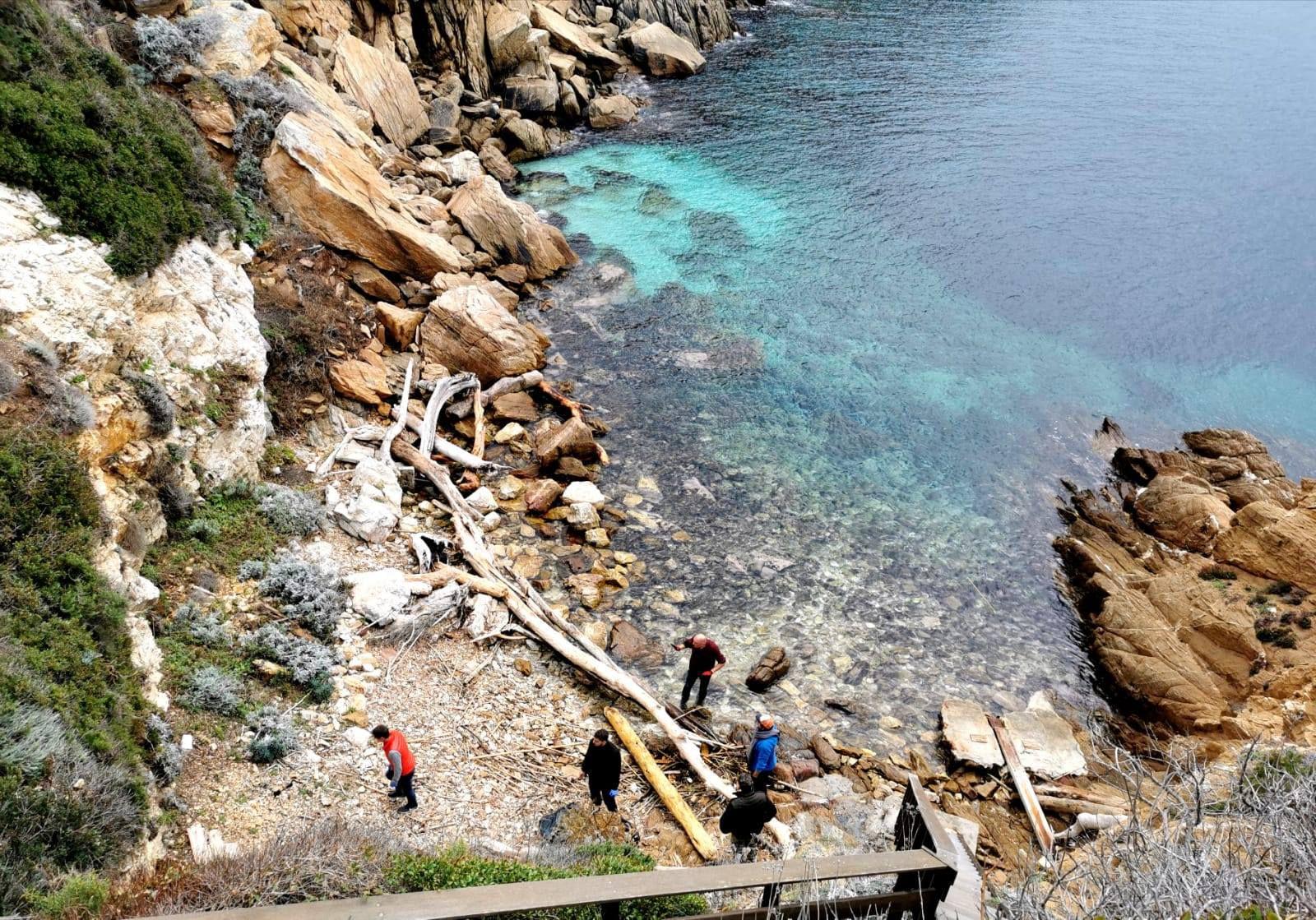 Ramassage des déchets sauvages - Provence Propre avec Explore & Preserve