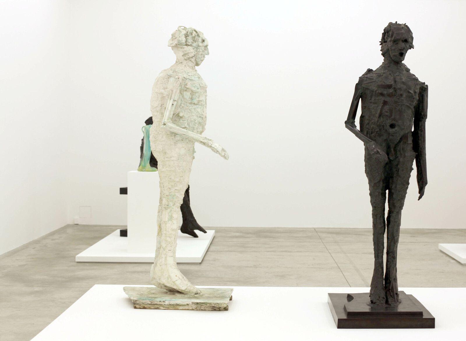"""""""Hommage à Léon"""", 1981-1982 et 1964 - 1982 de CÉSAR - Courtesy de la Galerie Almine Rech © Photo Éric Simon"""