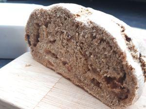 mes premiers essais de pain de seigle et pain blanc à base de levain