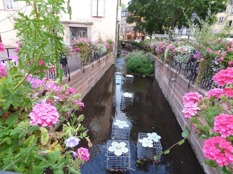 De l'Ancienne Douane à la petite Rue des Tanneurs...