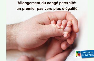 Allongement du congé paternité : un premier pas vers plus d'égalité