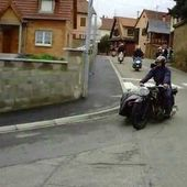 Goldwing - traversee de village retro moto RMC67 2013