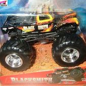 BLACKSMITH MONSTER JAM HOT WHEELS 1/64 - car-collector.net