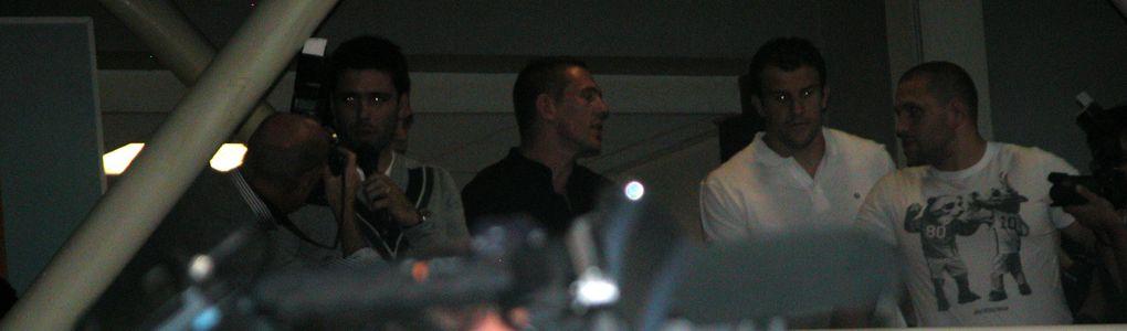 L'arrivée des joueurs du Biarritz Olympique à l'aéroport du BAB, après leur finale de Coupe du Monde, perdue face à la Nouvelle-Zélande (8-7).