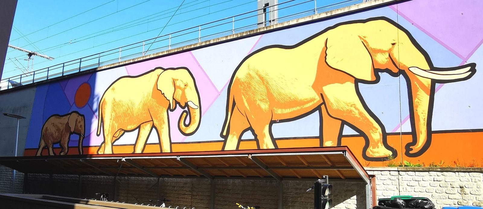 Street art dans la zone d'activité du Pont de Flandres (Paris 19)