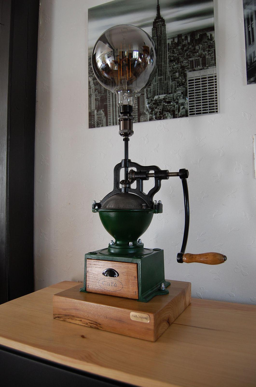 Lampe ancien Moulin à café de Bar