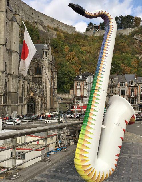 Exposition de rue saxophones Dinant - Belgique