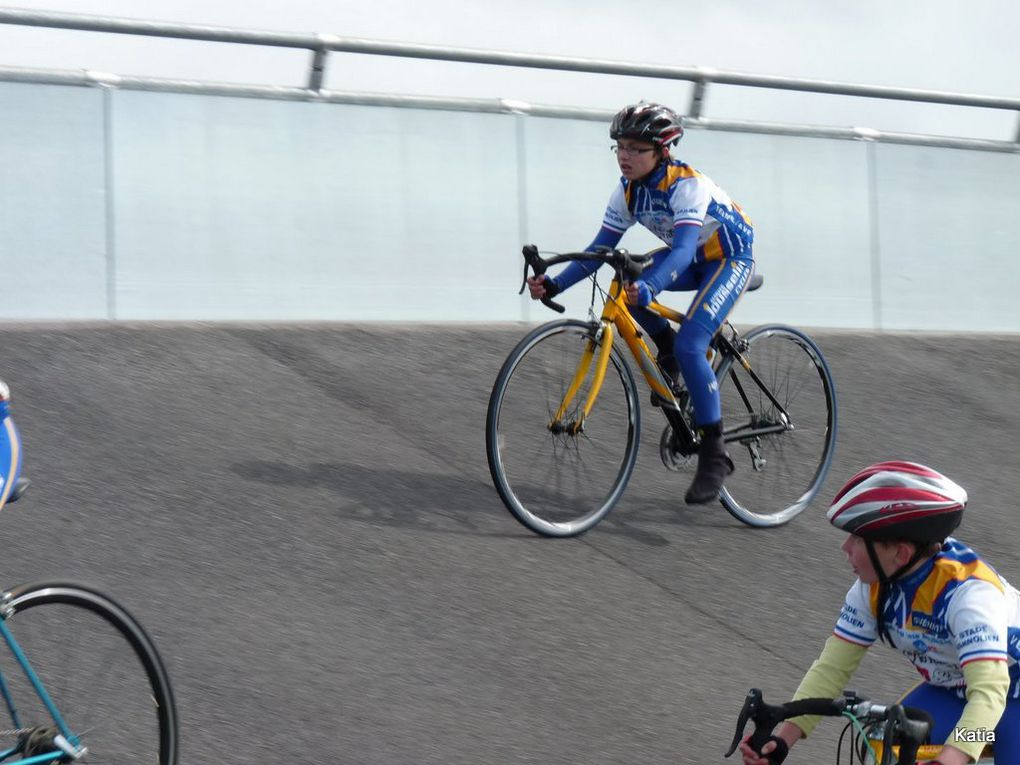 Ecole de cyclisme à Le Neubourg